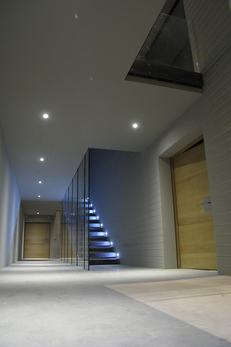 Studio by night villa g y - Architecte d interieur france 5 ...