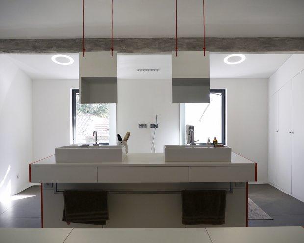 Intégration de l'éclairage au design de la pièce